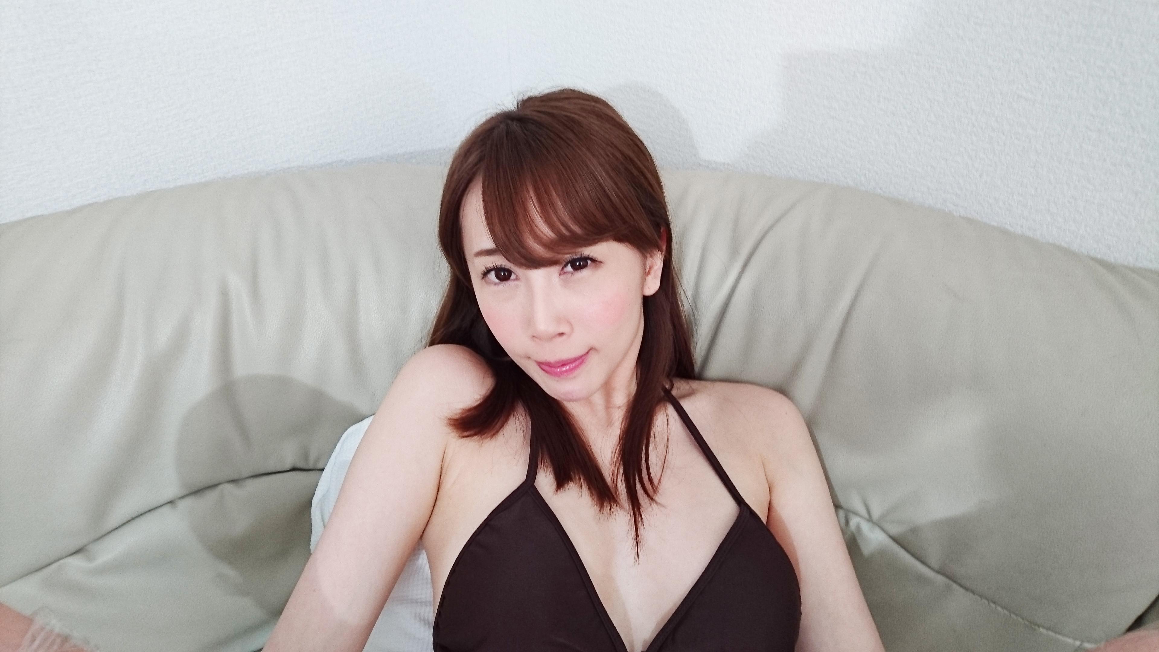 アダルトVR動画:【音量注意w】美乳美女をイかせまくってみたw
