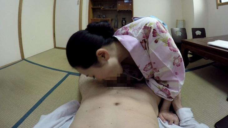 夫の部下を誘惑する浴衣の美人妻 松うらら