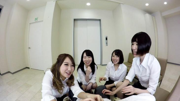 OL4人組の休憩室での手コキ +エレベーター内で時間が止まる!?