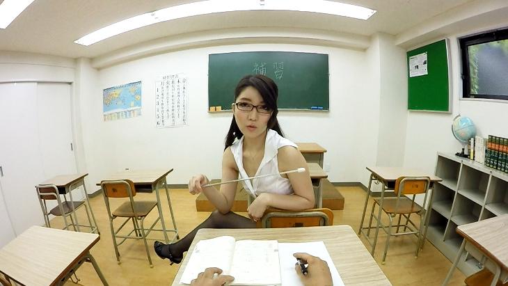 痴女教師のフェラチオ指導