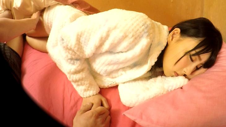 【バイノーラル録音】はるかちゃんの寝顔を独り占め!夢の添い寝でたっぷりイタズラ&フェラチオコース