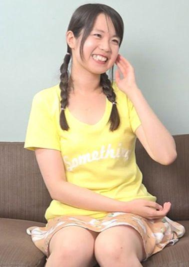オッパイ小さめの黒髪三つ編み貧乳ちゃん☆ホテルで変態S●X
