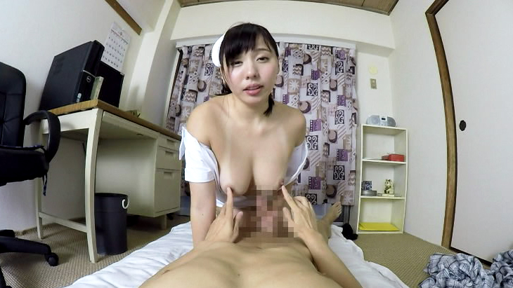 エロ過ぎる看護師のお姉さんは患者の巨チンをお口で看護しちゃいます!